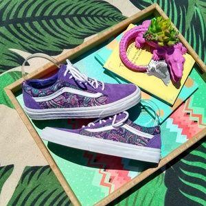 Vans Shoes - Vans Old School Sneakers